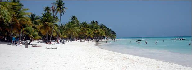Sable blanc, eau cristalline et végétation exotique : tout un spectacle naturel et paradisiaque de l'île de Saona, la plus grande des îles de la République Dominicaine. Elle se situe dans le Parque National de l'Est, l'une des plus importantes zones protégées dans les Caraïbes. L'île a 110 km² et abrite de belles formations de […]