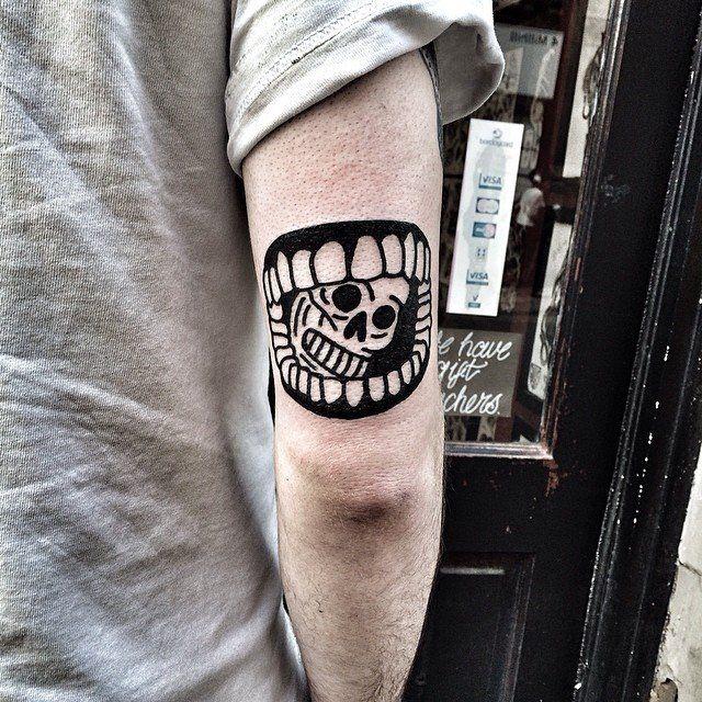 Eterno es uno de esos tatuadores que se define fácil: BRUTAL. — ETERNO Eterno Tattoo Nomad (Facebook) | Eterno Instagram …