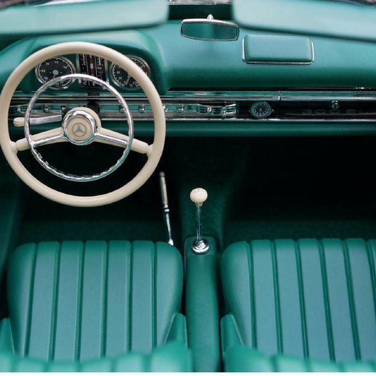 University launches postgraduate automotive leather course in Mexico