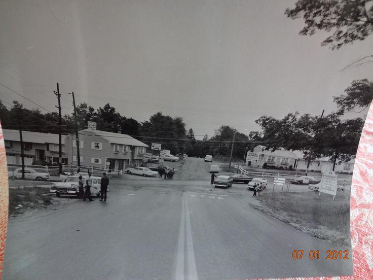1964 motor parkway rosevale avenue ronkonkoma long for Hotels on motor parkway long island