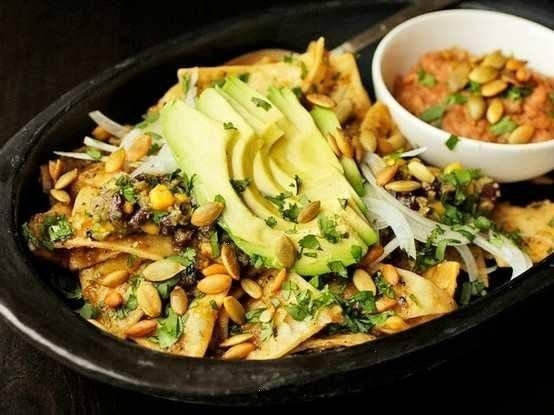 Chilaquiles: Fun Recipes, Black Beans, Food, Beans Vegans, Savory Recipes, Vegans Recipes, Vegans Chilaquiles, Serious Eating, Charli Corn