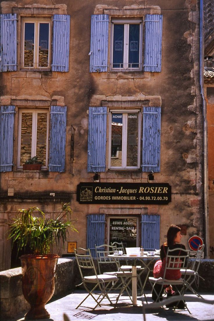 Town of Gordes, Provence, France the best farmer's market and olive market!