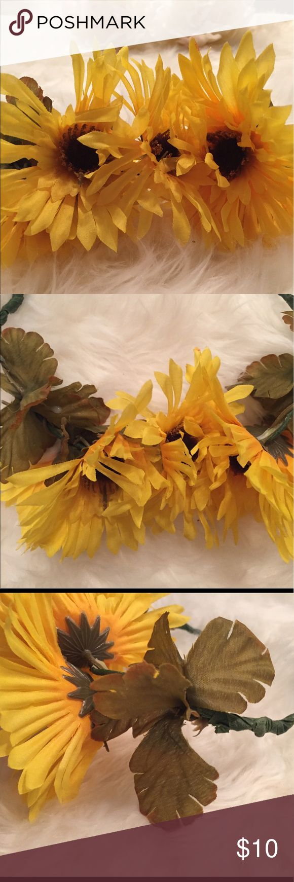 Sunflower Floral Crown Simple Sunflower Flower Crown. This is handmade, I'm happy to discuss custom orders. The band is malleable so you can adjust it to sit comfortably. Accessories Hair Accessories