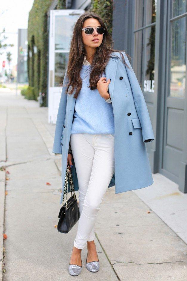 Нежно-голубое пальто в образах.