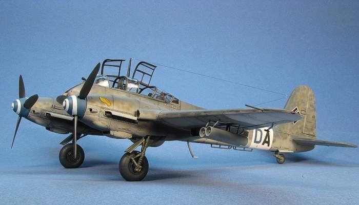 How Monogram Models won the war: Bf-410B Hornet