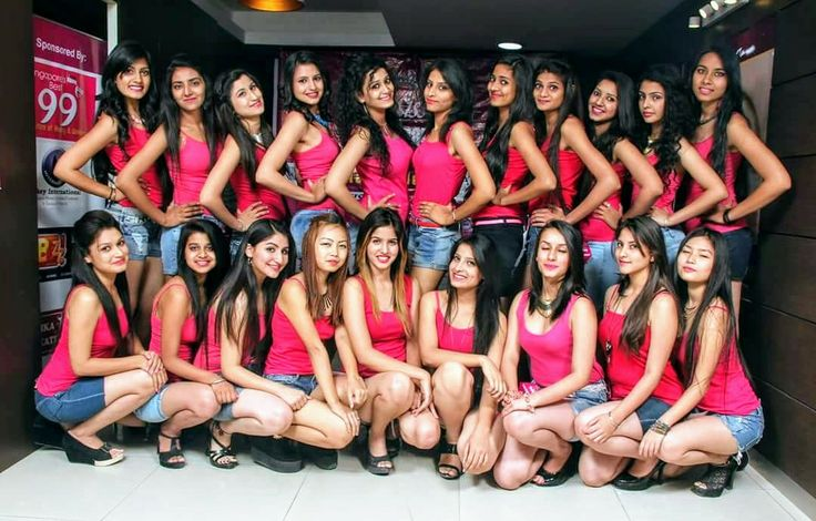 Learn professional beauty skills from internationally certified trainers at 99 Institute Ludhiana – Best Beauty Salon and Academy to offer high quality education parameters in area. Reveal the beauty inside you, explore your interests into professional skills and become independent. Give the world no reason to underestimate you in any way.