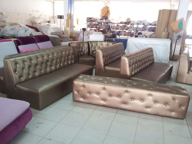 20120807 152135 Night club disco sofa