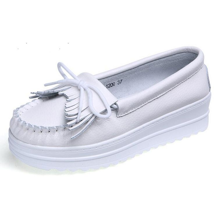 Spring 2017 New Tassel Women's White Shoes Manufacturers Wholesale Casual Nurse Shoes
