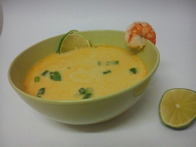 Tajska zupa kokosowa z krewetkami poradzi sobie nawet z emocjonalnym chłodem :)