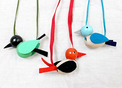 The Great Backyard Bird Count: Beaded Bird Necklaces | Moomah the Magazine