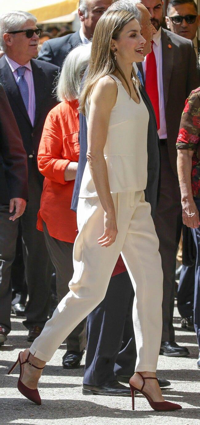 Letizia - ivory and marsala look - #baggy pants - Lodi sandals - FV handbag- Coolok earrings