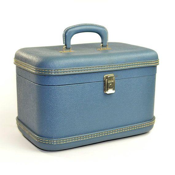 Best 25  Large luggage ideas on Pinterest | Travel bag essentials ...