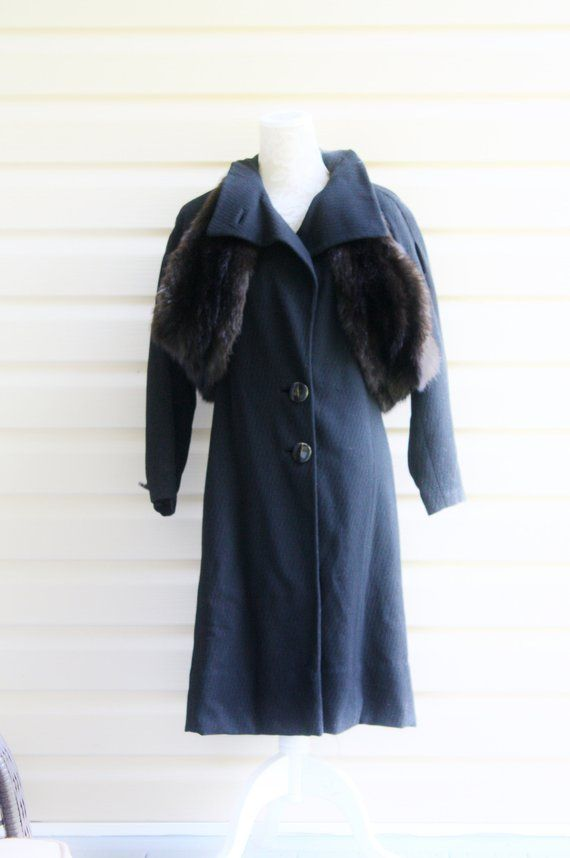 13aacb5411 Vintage 30s Wool Coat Mink Fur Collar UNIQUE Caped Black OLD HOLLYWOOD Warm  Heavy Winter Period Style Plays Fashion Ladies Size Medium | Women's Vintage  ...