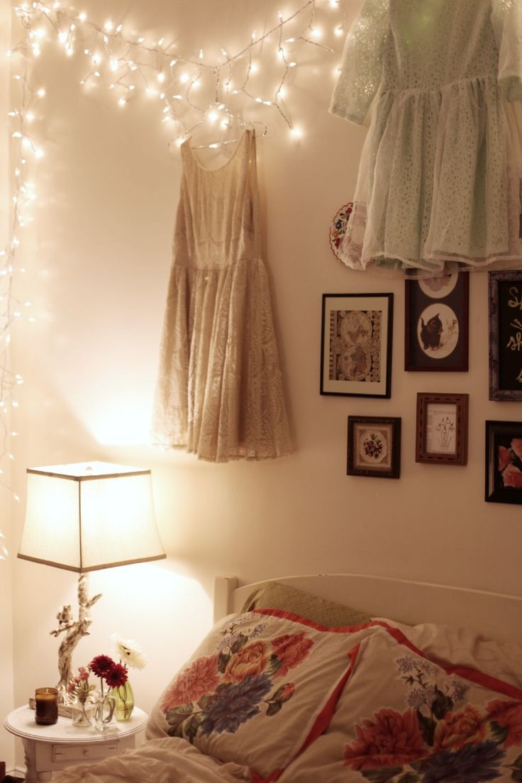 Cosy bedroom fairy lights - Life In The City Can Be So Hectic That I Love Coming Home To A Peaceful Setting Bonnie Barton Adore The Fairy Lights