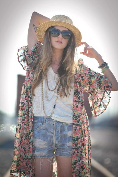 long floral kimono jazzes up shorts and a tee