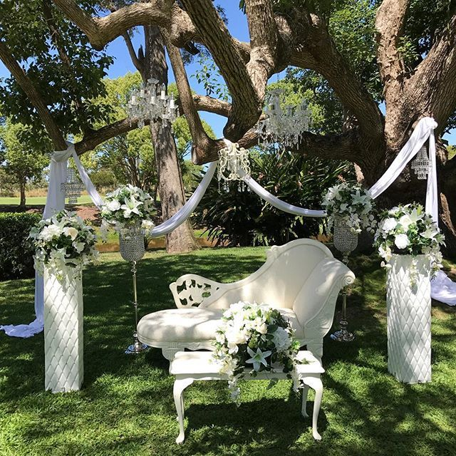 586 best wowyourguests images on pinterest event decor wedding 5a97a6d24a2b26ee72333fb316860db0 instagram feedg junglespirit Image collections