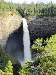 Helmcken Falls in Wells Gray Park, BC