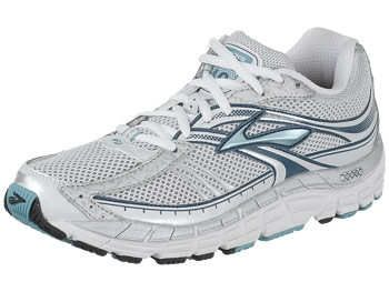 Top Motion Control Running Shoes | Running Shoes Geek