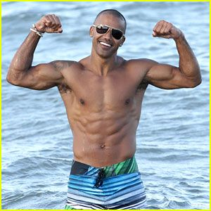 Shemar Moore Flaunts His Beach Body for Everyone to See
