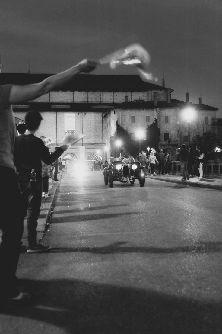 Mille miglia 2016 Parma sabato, arrivo, ponte G.Verdi