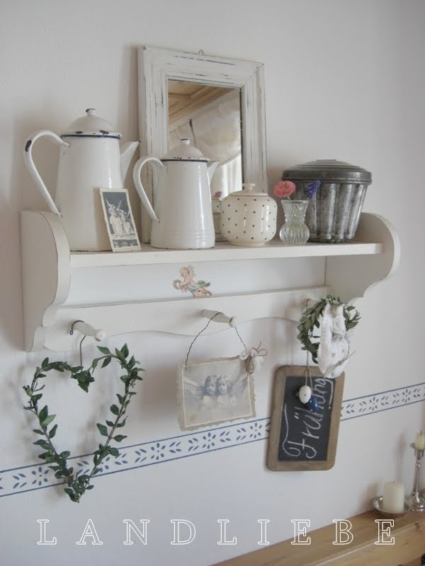 I have a coffee pot just like this in my shop! What a great vignette!