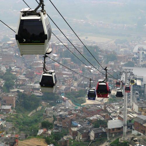 Metrocable, línea K en Medellín: 7 opiniones y 21 fotos