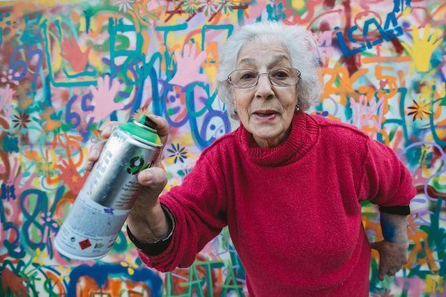 #graffiti De bejaarde graffitikunstenaars van Portugal infinitewpuser