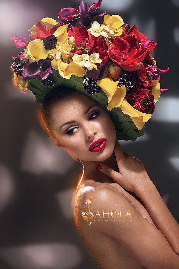 Flower headpiece featuring callas, gloriosa lily, freesia, amaryllis. Designed by New York Flower Designer Olga Sahraoui. #floral #headpiece #floral #crown #fashion #floral #art #styling #flower #hat
