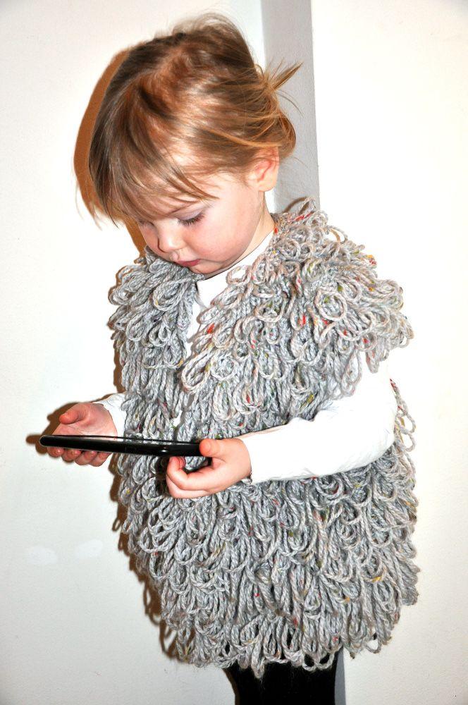 Mormorrut's loop vest. Hand knitted vest. Pattern at www.mormorrut.nu.