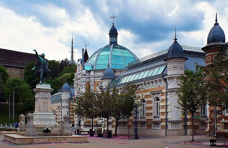 Miskolc, Kossuth tér - Hungary. Fotó: Ildikó Hosszú