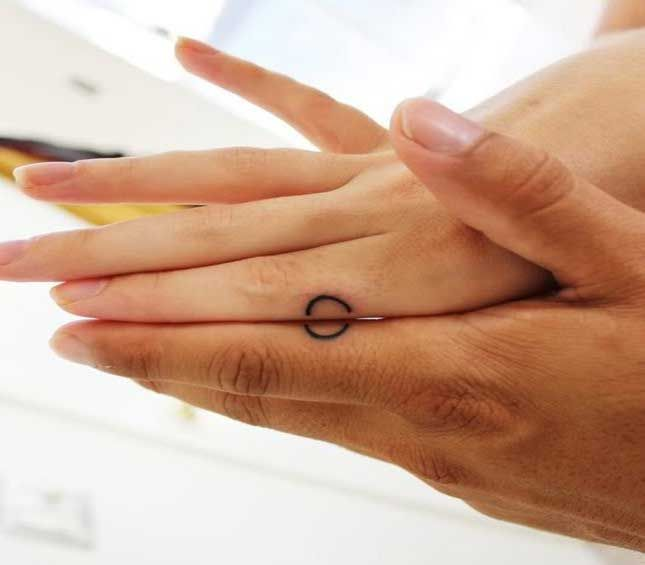 30 Matching Tattoo Ideas For Couples: 25+ Best Ideas About Couples Matching Tattoos On Pinterest