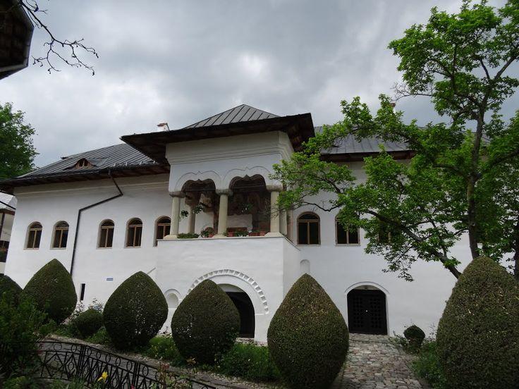 Palatul domnitorului Ștefan Cantacuzino / Babeni / Francesti