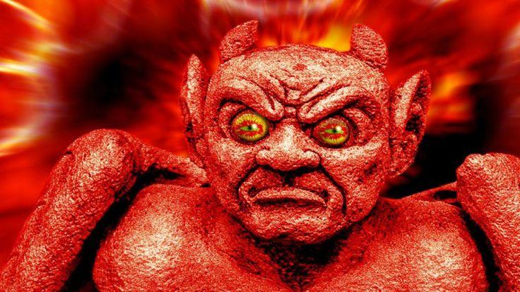 Originalmente retratado em azul e sem traços animais, a imagem do diabo é um reflexo dos tempos, uma metáfora desenvolvida por cristãos ao longo dos séculos para representar o mal de cada época.