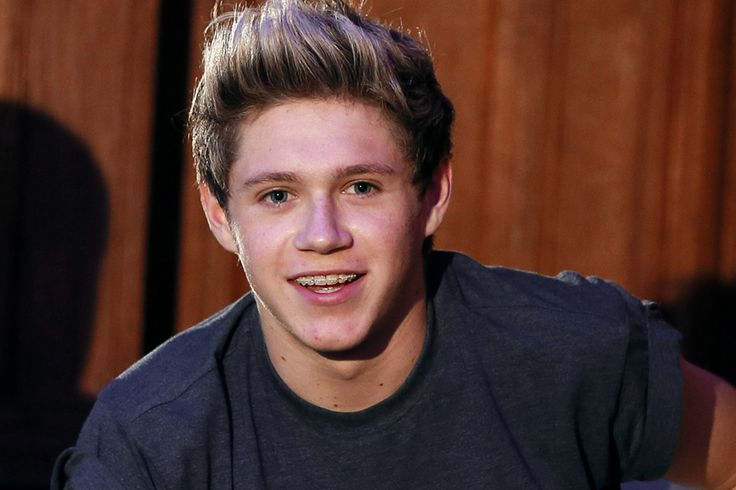 Niall Horan Does anyone miss his braces??