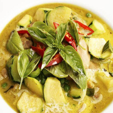 Грибы и баклажаны в зеленом карри: рецепт