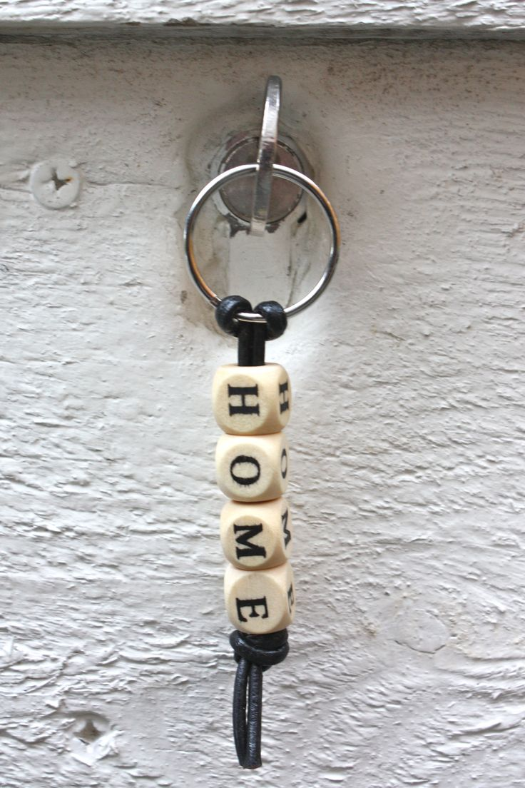 "DIY alphabet cube beads keychain ""home"""