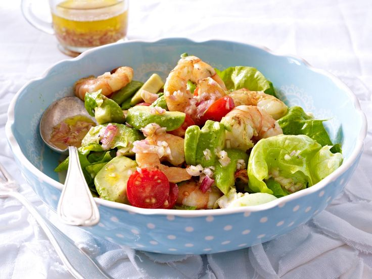 Avocado-Salat mit Garnelen