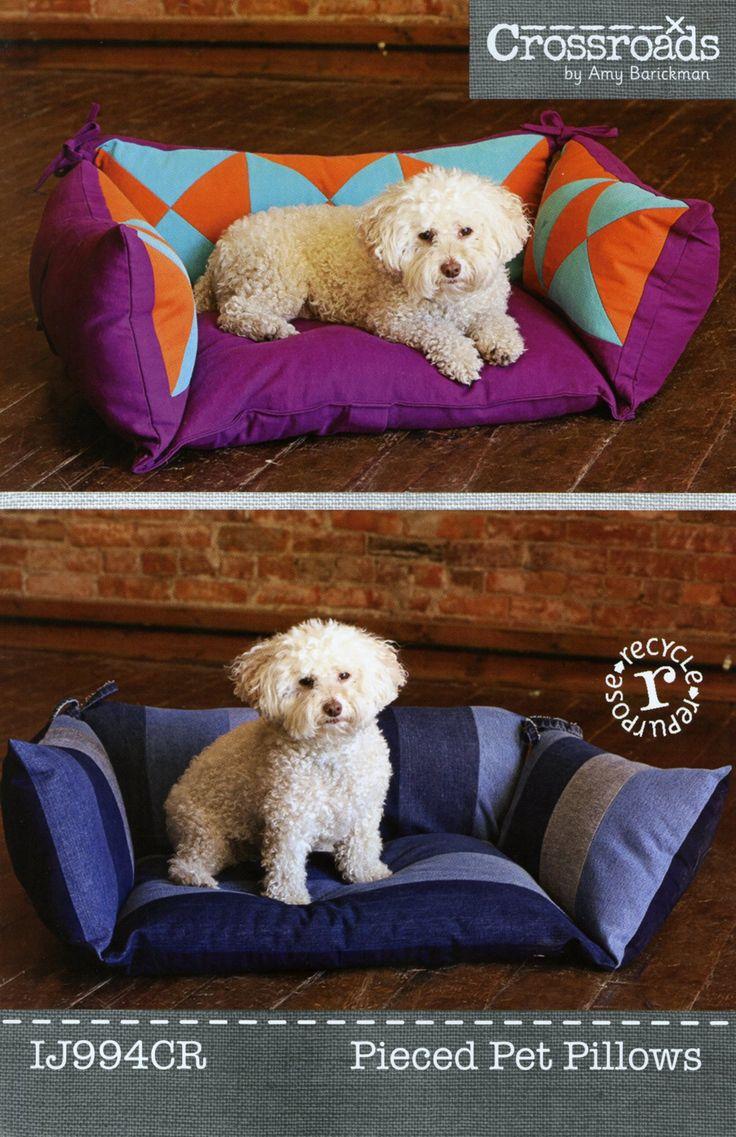 Pieced Pet Pillows By Barickman Amy Animal Pillows Diy Dog Bed Pet Beds