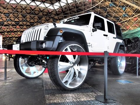 Jeep Wrangler On 34-Inch Forgiatos From Japan - Rides ...