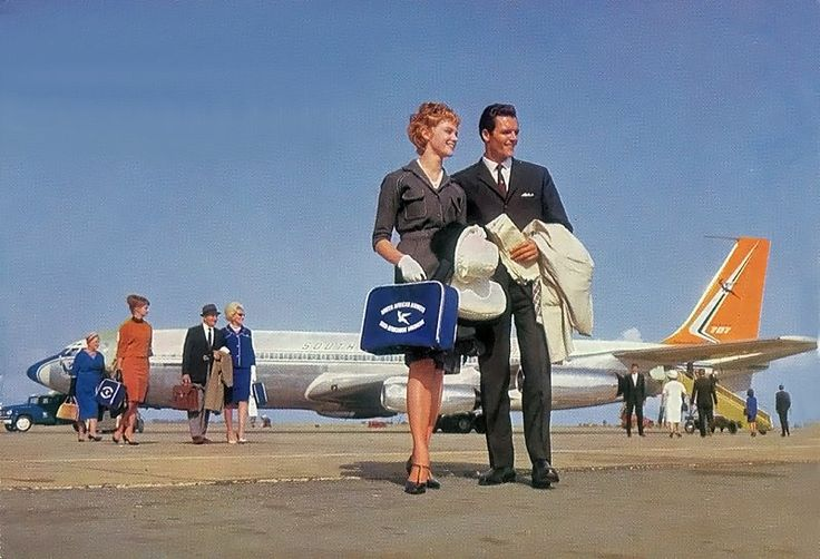 South African Airways postcard, 707 on the tarmac