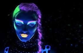 maquillaje neon fluorescente cara - Buscar con Google