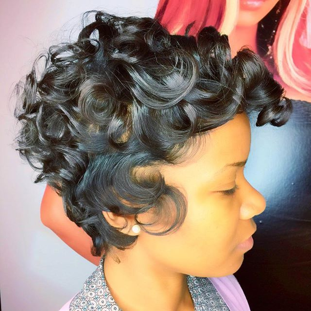 "6,327 Likes, 49 Comments - RAZOR CHIC (@razorchicofatlanta) on Instagram: ""Razorchic.com @tweet_   behindthechair #razorchic #mobhair #atlanta #atlantahairstylist #haircut…"""
