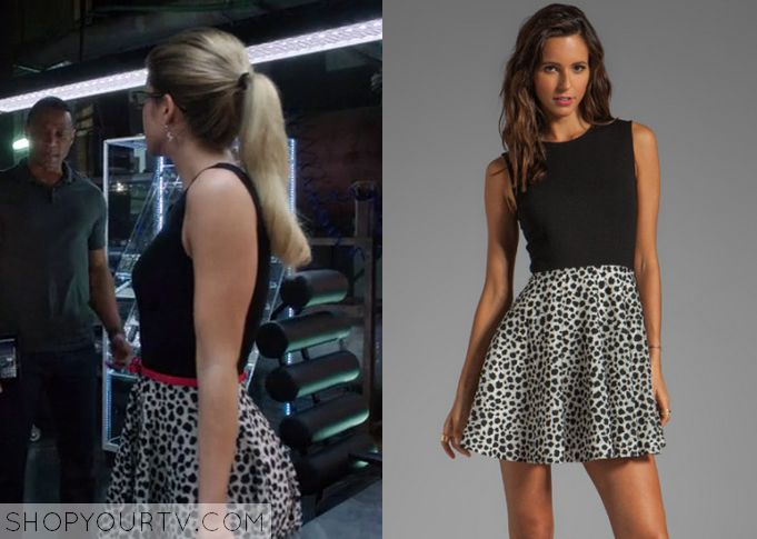 Arrow: Season 2 Episode 11 Felicity's Black and Leopard Print Dress - ShopYourTv