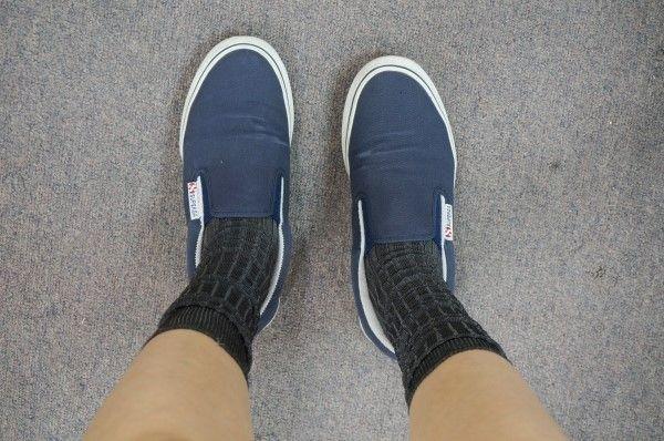 superga, sneakers, dailyook, fashion, slip on, socks, navy shoes