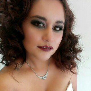 #maquillajenovia2016 makeup mas cargado en el área de los ojos, pestaña postiza, base,  rubor, iluminador y delineado de ojos con aerógrafo.