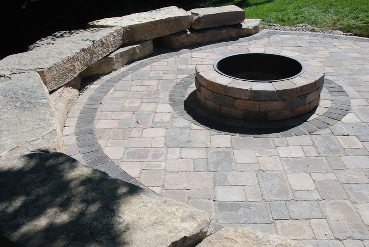 Unilock Fire Pit With Black Metal Ring Brussels Pavers