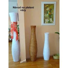 Pletená váza z papíru