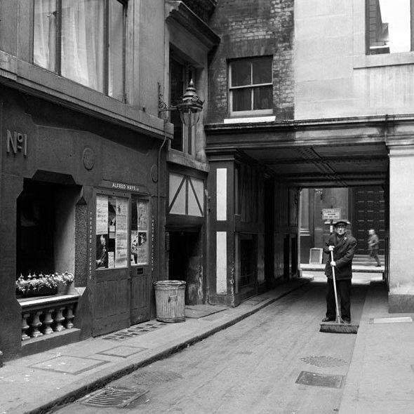 Лондон 50-х на снимках британского фотографа Фредерика Уилфреда. Everyday I Show свободная от рекламы площадка для вдохновения, созданная на добровольных началах и…