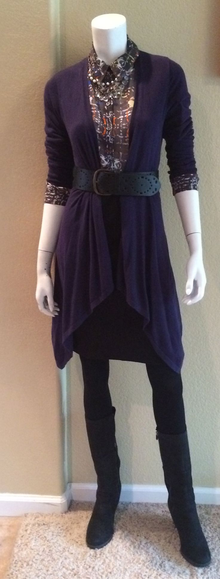 Daily Look: CAbi Fall '14 Ponte Pencil Skirt and Festival Blouse with tights, CAbi vintage sweater and Perforated Belt.