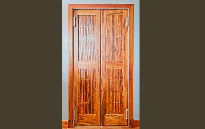 Jobillo furniture - Carpenter's Woodworks, Belize